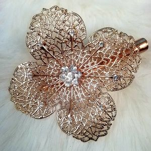 Accessories - Flower &  Crystal Hair Accessory